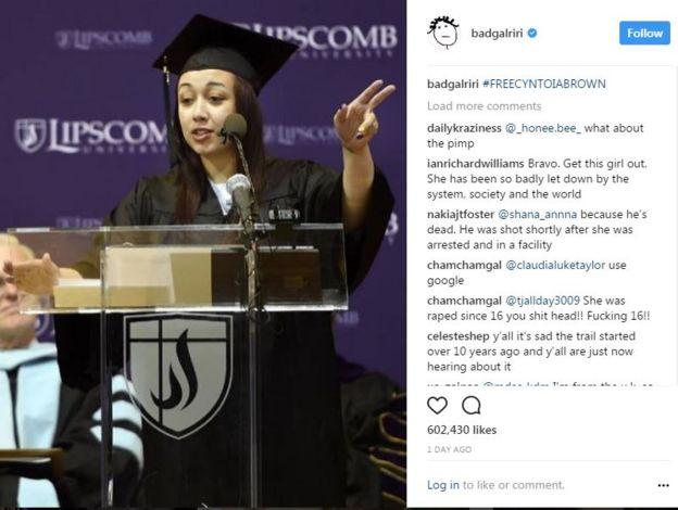Graduación de Brown en la Universidad Lipscomb.