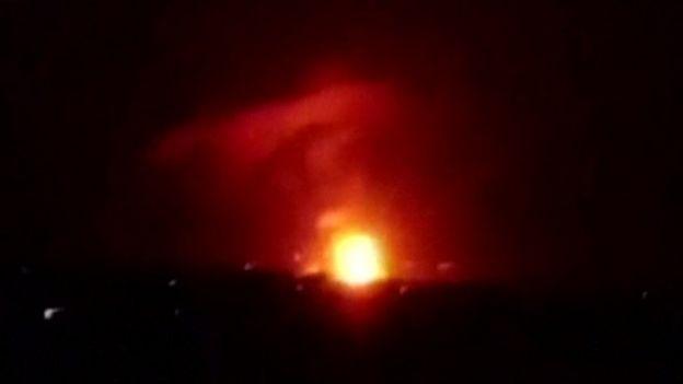 الحرب في سوريا: انفجارات في محيط مطار المزة العسكري بالقرب من العاصمة دمشق