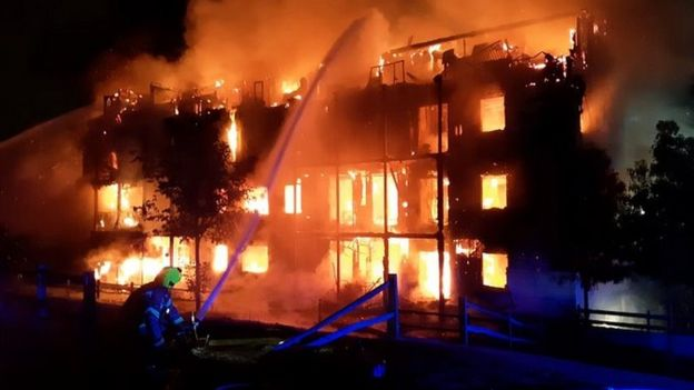 Worcester Park fire: Four-storey block of flats destroyed
