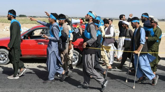 Afghans tired of the war recently walked hundreds of kilometers across the country to demand an end to the conflict.