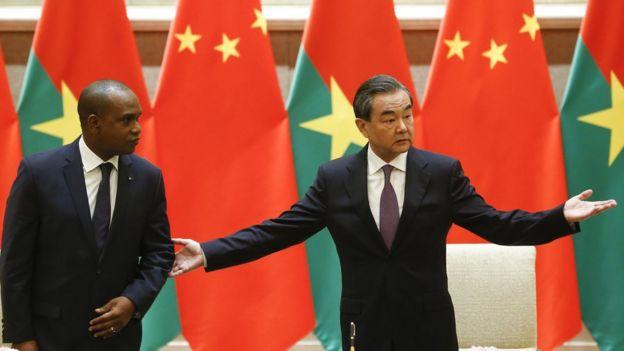 布基納法索5月與中國建交。