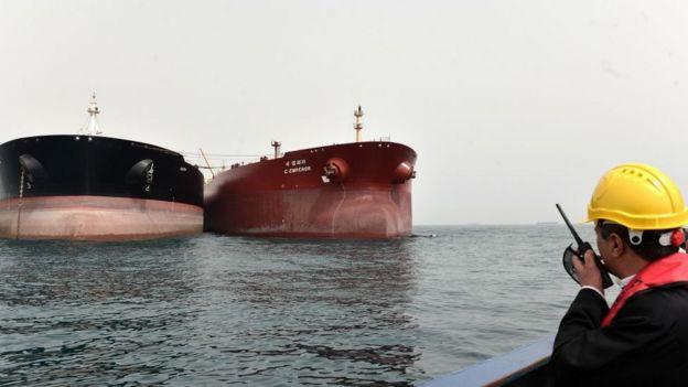 hürmüz boğazı'nda tankerler