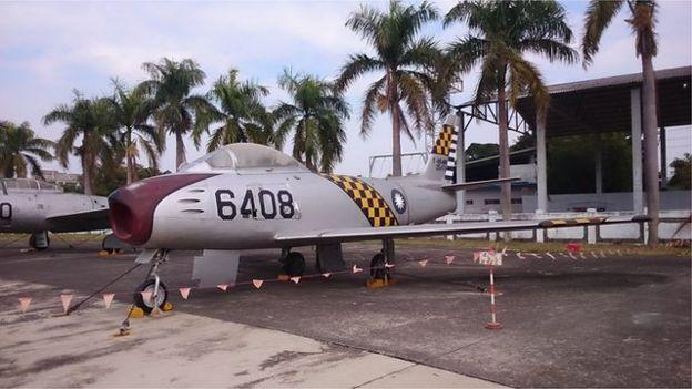 世界上第一次在空戰中以導彈擊落敵機,就是台灣的F86軍刀機以響尾蛇導彈擊落共軍的米格15戰鬥機。
