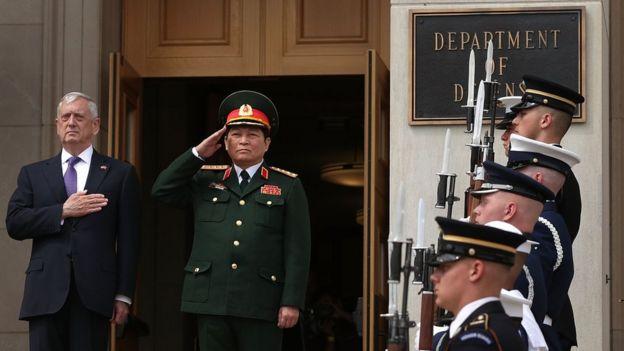 Bộ trưởng Quốc phòng Ngô Xuân Lịch thăm Mỹ tháng Tám 2017