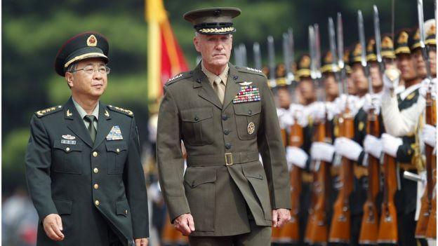 2017年8月,房峰輝在北京八一大樓為來華訪問的美軍參謀長聯席會議主席鄧福德舉行歡迎儀式。
