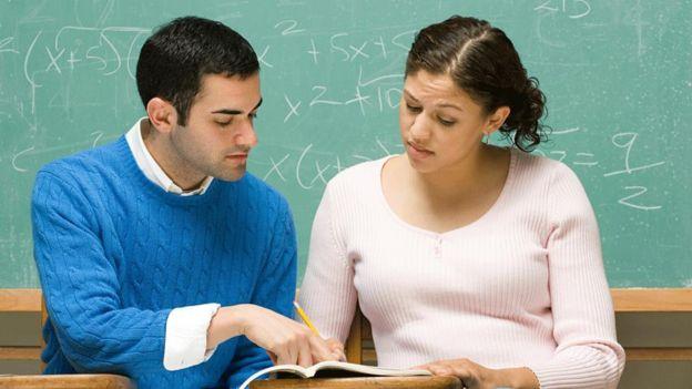 Jóvenes estudiantes