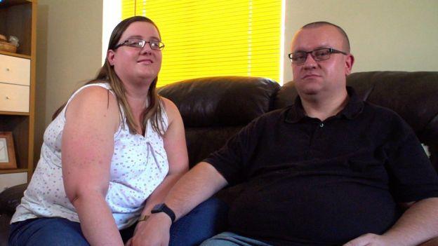Katie y Craig dice que les tomó un año y medio asumir que no podrían tener hijos sin un donante de esperma.