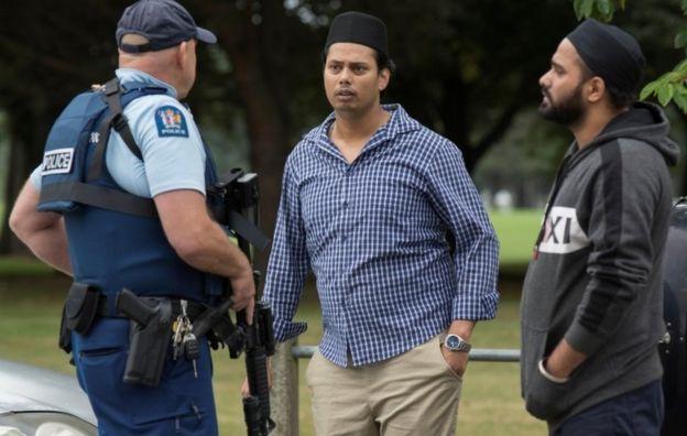 Полицейский и мусульмане