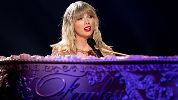 Taylor Swift performs onstage at the 2019 American Music Awards