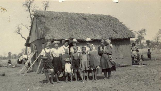 Foto historica de menonitas