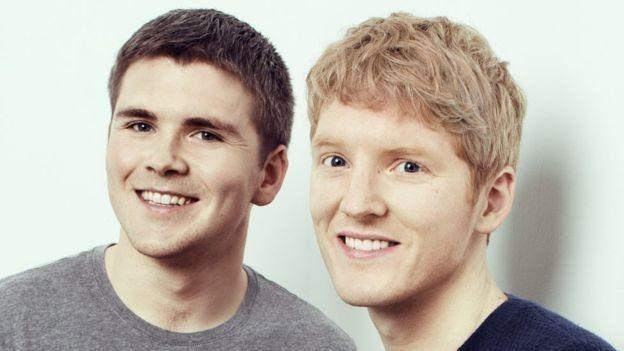 John (izquierda) y su hermano Patrick