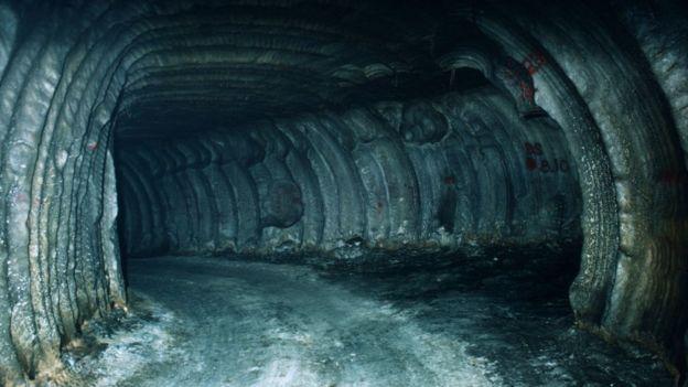 یکی از تونلهای جریان هوا برای مخازن نفت استراتژیک آمریکا در زیر زمین
