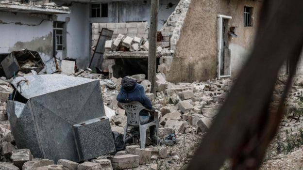 Morte e destruição em Aleppo