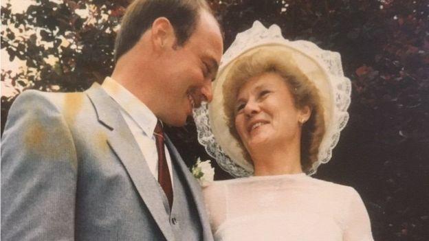 ستيف وجيل يوم زفافهما