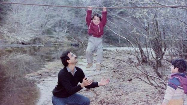این عکسی است که رامین سیدامامی از پدرش در اینستاگرام منتشر کرده است