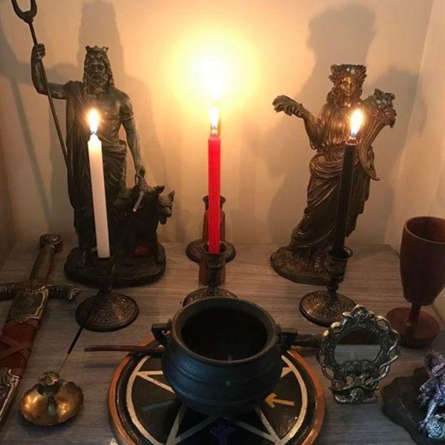altar de wicca
