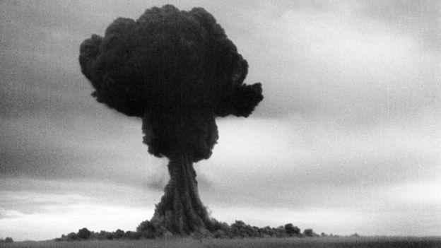 Imagen de la explosión de la bomba RDS-1