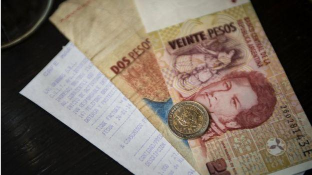 Billetes argentinos.