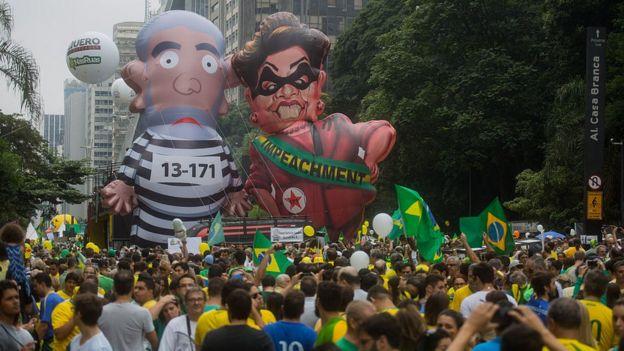 Protesta contra Dilma Rousseff y Lula da Silva