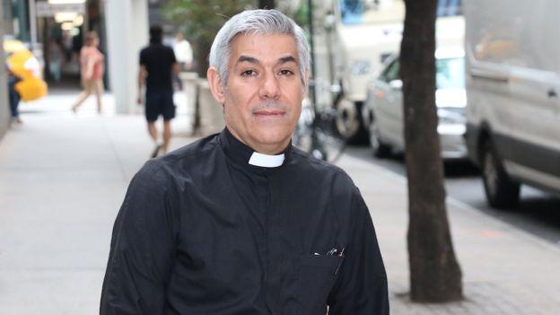 Fernando Arias.