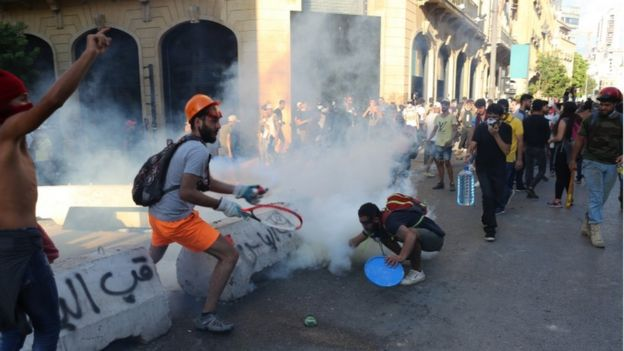 Police and protestors clashed in Beirut on Monday