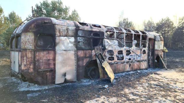 Тролейбус МТБ-82 у Копачах після пожежі