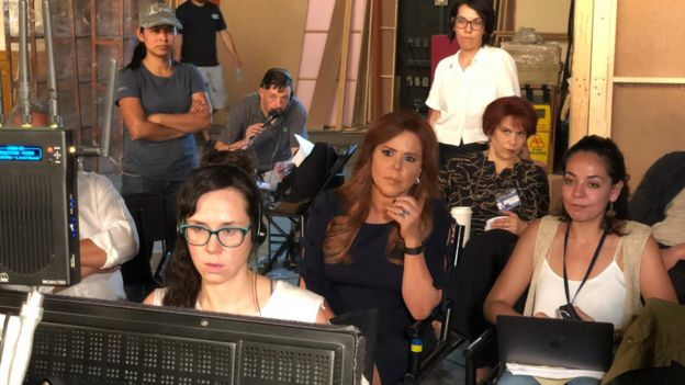 María Celeste Arrarás durante la grabación de la serie sobre Selena.