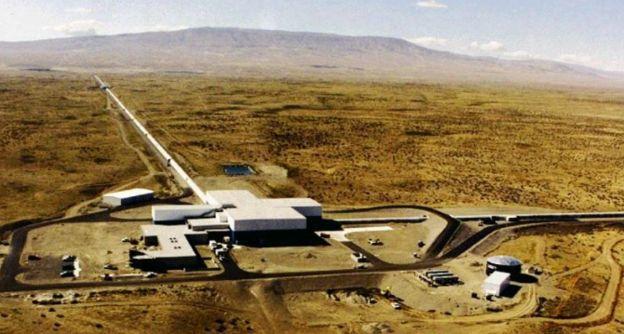 สถานที่ตั้งอุปกรณ์ LIGO ในเมืองแฮนฟอร์ด รัฐวอชิงตันของสหรัฐฯ