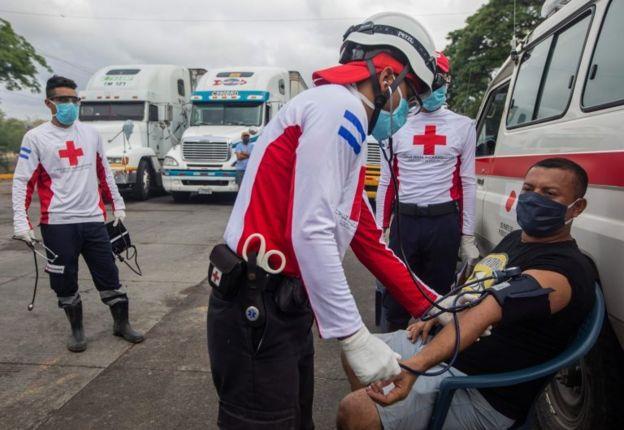 Un chequeo médico en Costa Rica