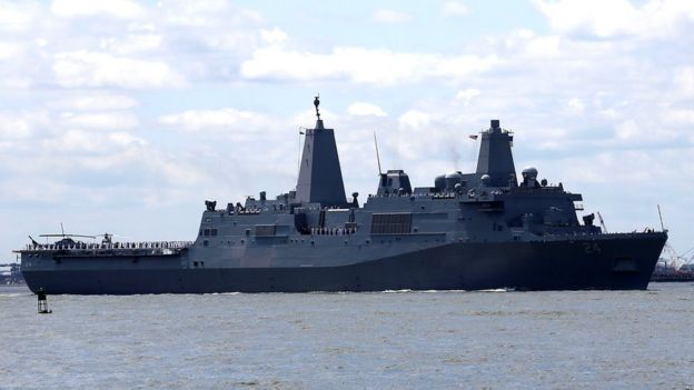 ناو جنگی یواساس آرلینگتون به ناو هواپیمابر یواساس آبراهام لینکلن میپیوندد