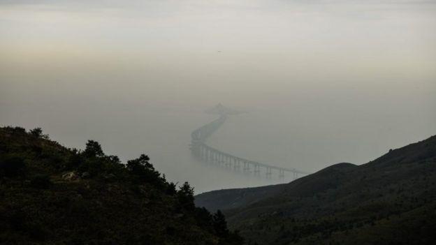 Vista aérea del puente.