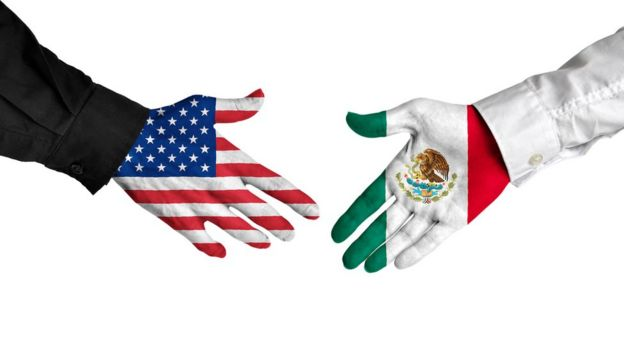 banderas en manos de EE.UU. y México.