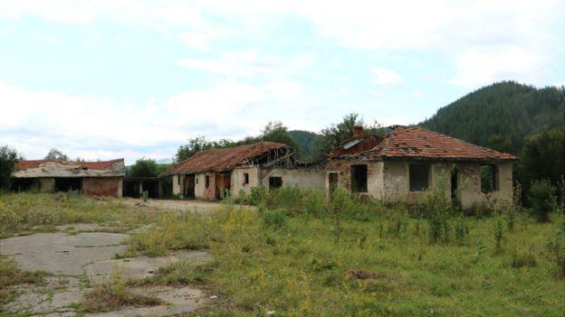 Bulgaristan'da terk edilmiş bir çiftlik