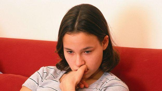 Una joven estresada