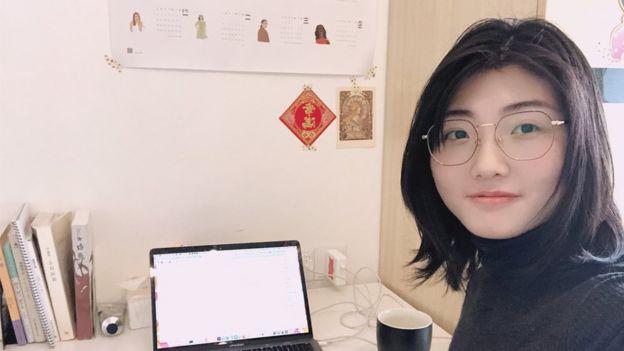 Fan Yi working from home