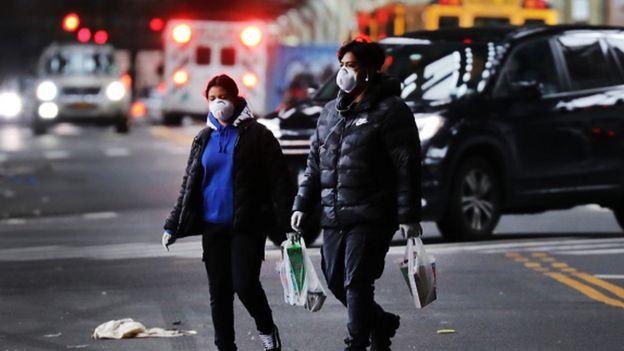 Coronavirus: Trump predice 'mucha muerte' a medida que los casos pasan 300,000
