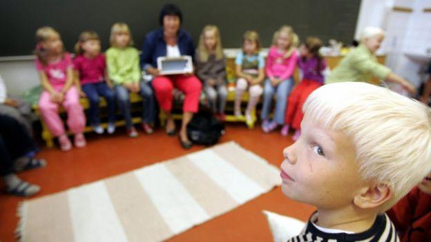 Varlı və kasıb uşağına eyni təhsil verən Finlandiya dünyaya necə nümunə olub?