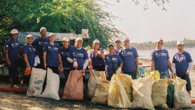 مجموعة من المتطوعين