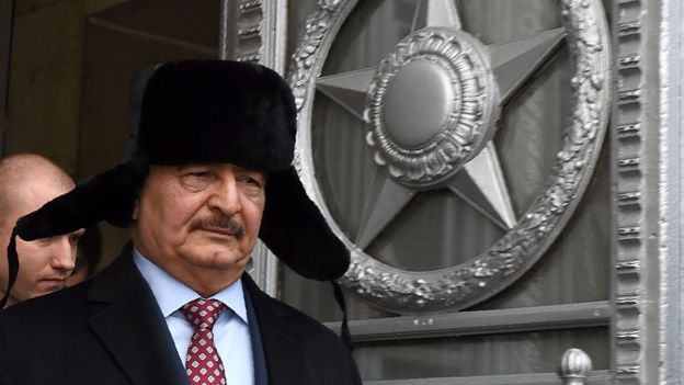Хафтар во время визита в Москву