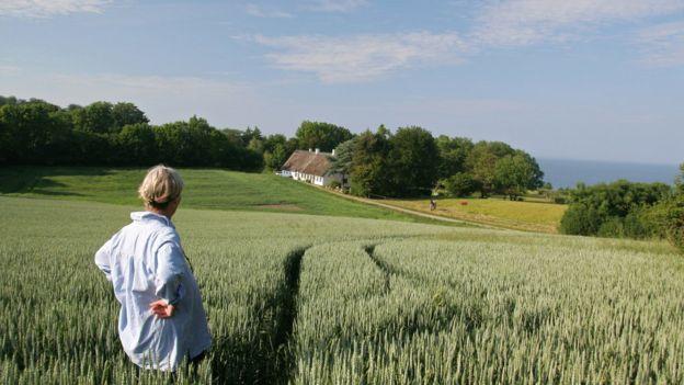 Женщина на хуторе