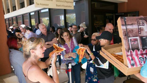 ÐÑÐ¾ÐµÐºÑ Pizza to the polls