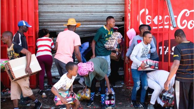 Awọn ọmọ South Afrika n kọlu ibudo itaja ọmọ Naijiria