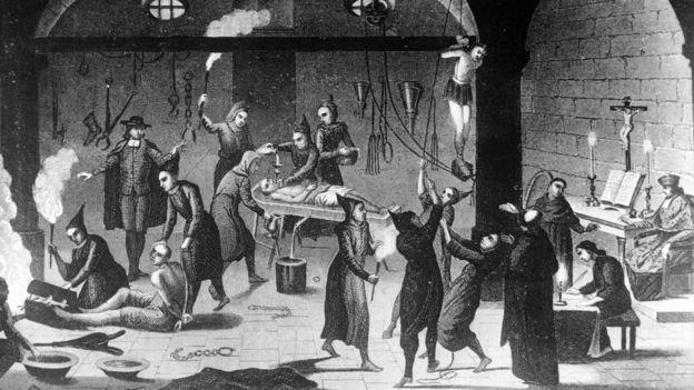 Una ilustración de verdugos de la Santa Inquisición