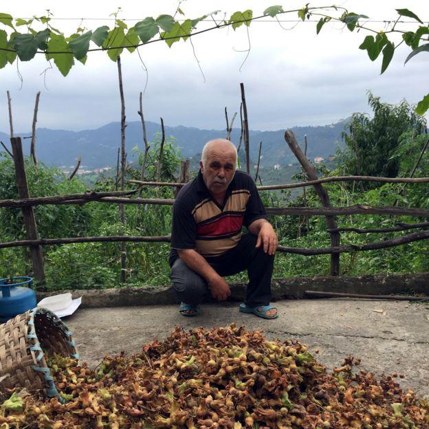 Ореховый фермер Казим Яман