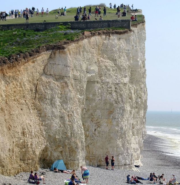 People enjoying the Bank Holiday sun got precariously close to the end of the cliff