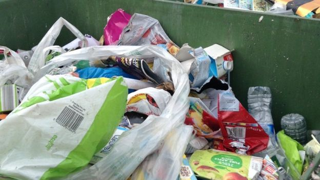 Gloucester probe into claims Amey threw away recycling - BBC