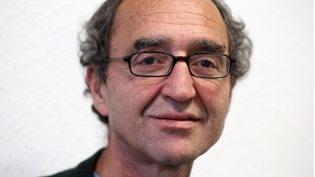 """土耳其裔作家阿克汗形容,自己是""""前政治犯""""。"""