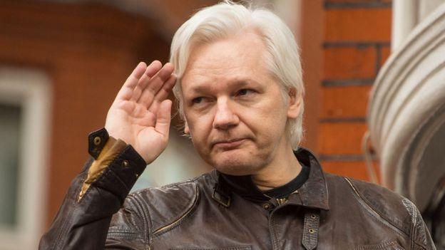 Генпрокуратура Швеции прекратила расследование дела Ассанжа