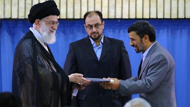 محمود احمدی نژاد، وحید حقانیان و آیت الله خامنه ای