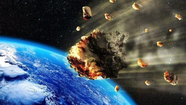 Meteoroides entrando a la atmósfera de la Tierra.